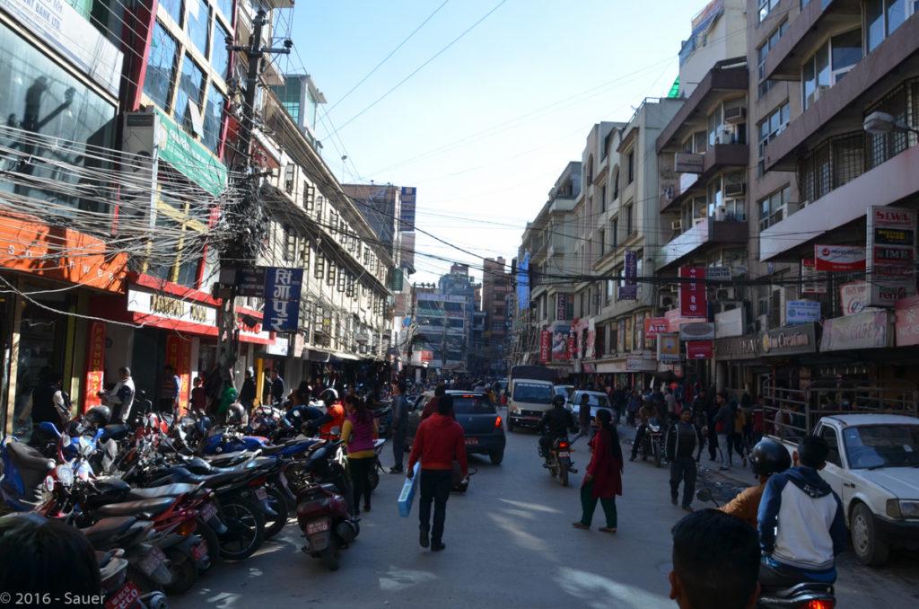 Verkehr in den Straßen Kathmandus