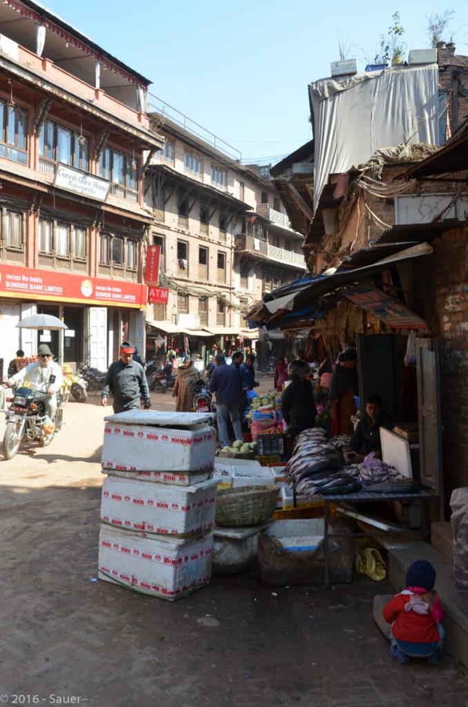 Markt am Dhurbar-Square Bhaktapur