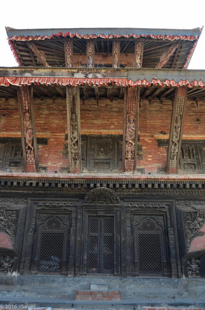 Tempel mit erotischen Schnitzereien