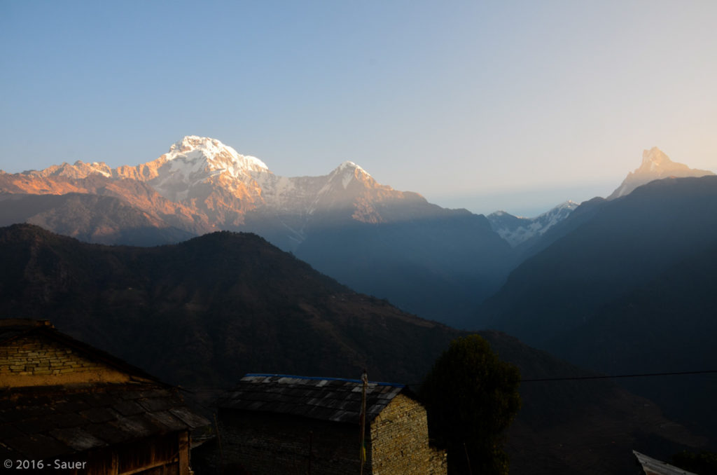 Annapurna Gebiet bei Sonnenaufgang in Ghandruk.