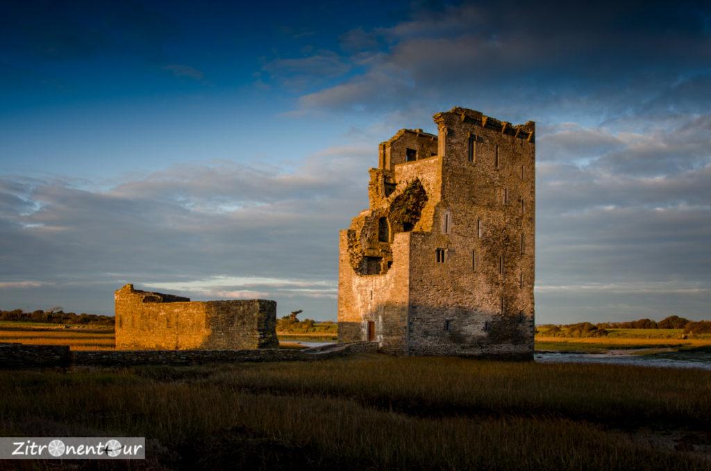 Sonnenuntergang am Carrigafoyle Castle