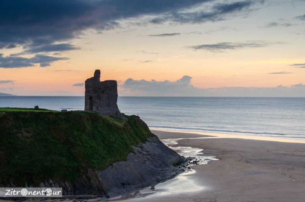 Kurz nach Sonnenuntergang am Ballybunion Castle
