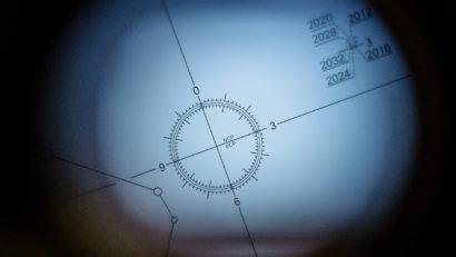 Blick durch das Polsucherfernrohr des Star Adventurers von Sky-Watcher