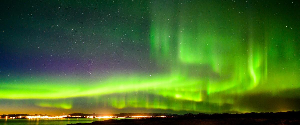 Polarlicht über Borgarnes
